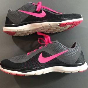 Nike Flex TR 6 Womens Training Sneaker Shoes, 9.5
